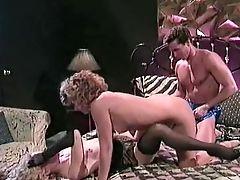 Alicyn Sterling, Bridgette Monroe, Exibicionista , Facial, Lois Ayers, Peter North, Público , Tt Boy,